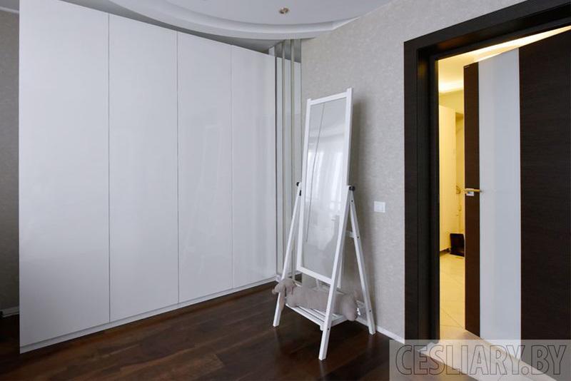 Шкаф распашной на пр. Дзержинского